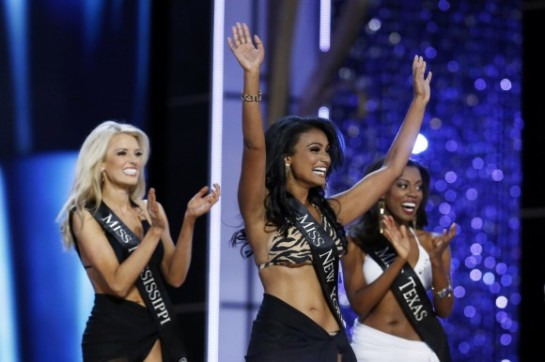 Miss-America-2014-contestant-Miss-New-York-Nina-Davuluri-reacts-as-she-is-chosen-to-move-on-while-competing-in-the-Miss-America-Pageant-in-Atlantic-City-New-Jersey